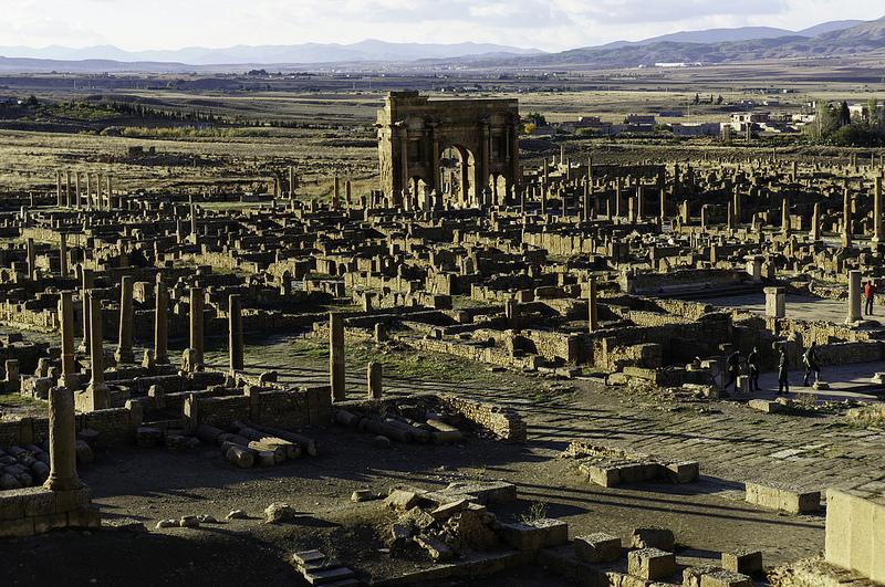Algeria tour -- Timgad