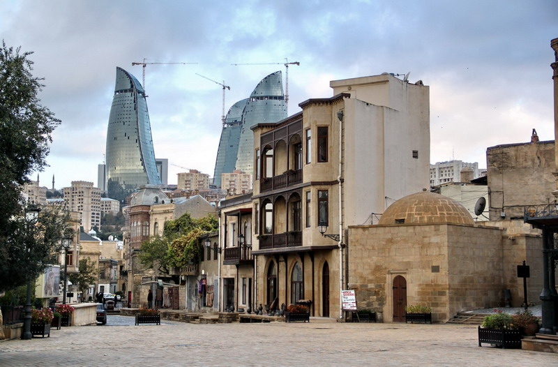 Azer -- old-city-of-baku