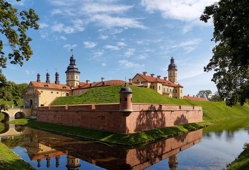 belarus-nesvizh-castle