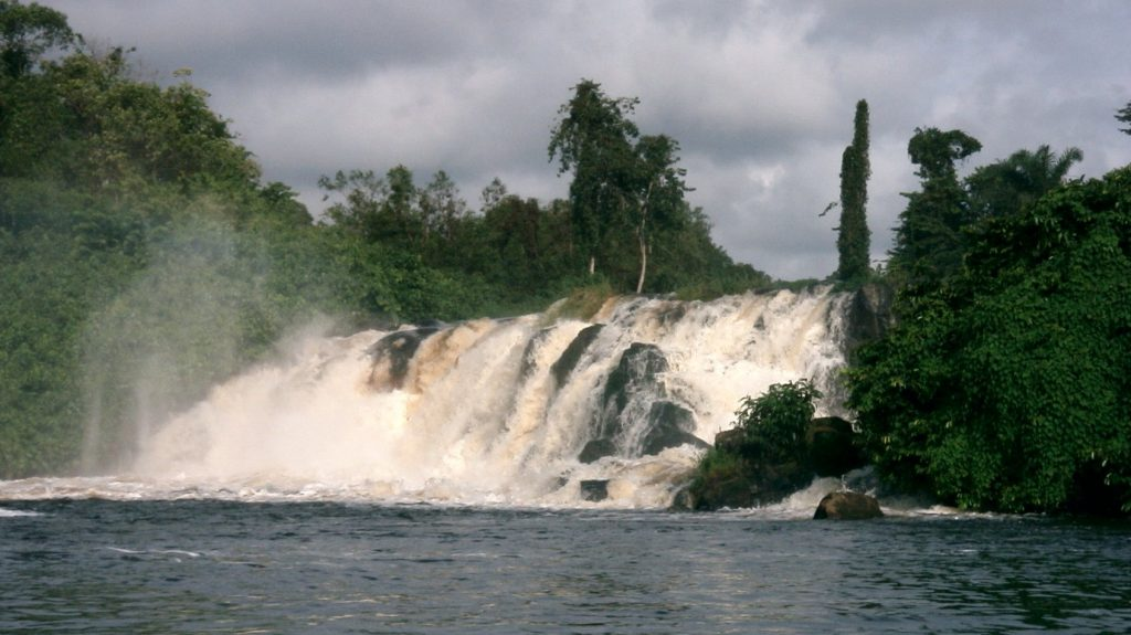 Cameroon -- Lobe waterfall