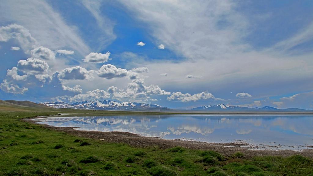 song-kol-lake